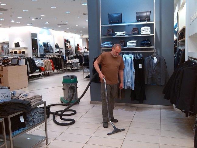 Voskování, čištění podlah K.S. Praha