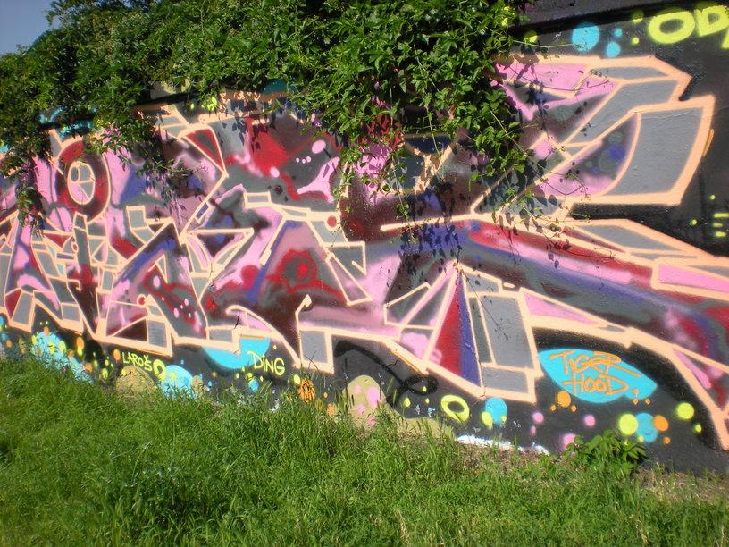 Odstranění graffitů z betonu Brno