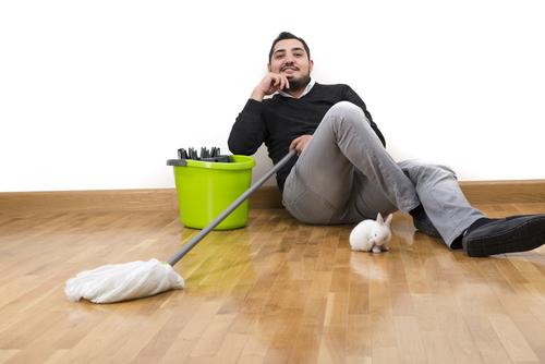 """Hledáte účinný způsob pro vyčištění vaší podlahy? Zde ho naleznete. """"Strojové mytí podlah Karviná"""""""