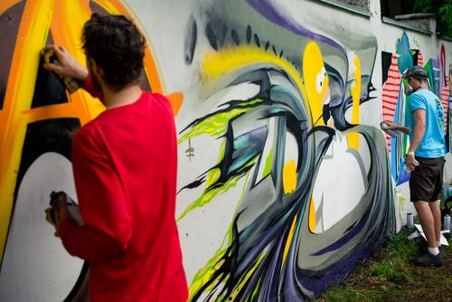 """Efektivní odstranění graffiti z fasády. """"Čištění graffiti Jihlava"""""""