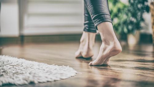"""Díky strojovému čištění může vaše podlaha vypadat jako nová. """"Mytí podlah Nový Jičín"""""""