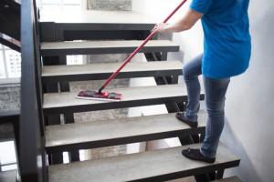 čištění podlahy cena za m2
