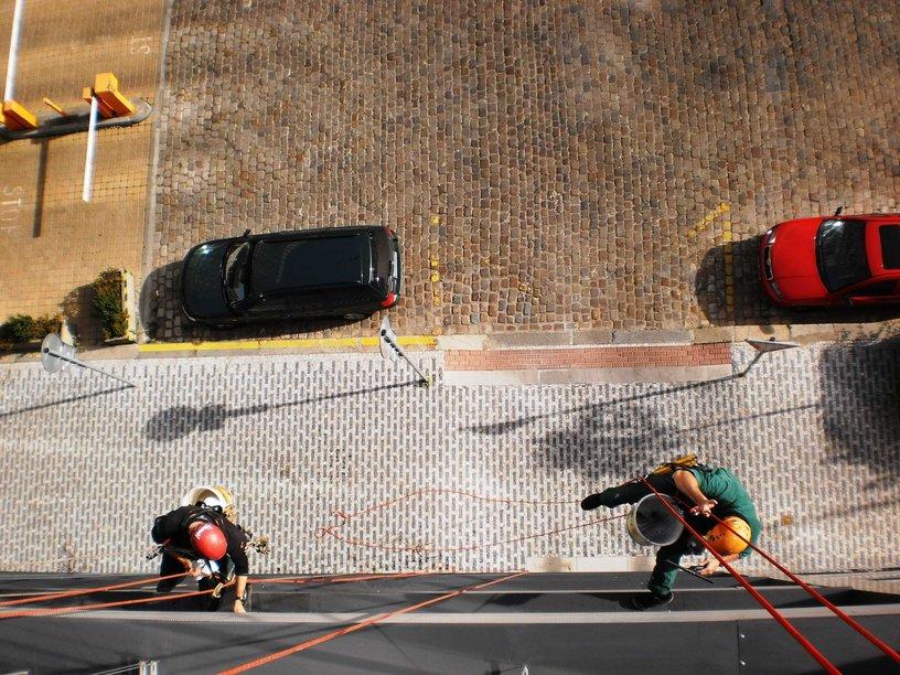Mytí oken, výloh, čištění fasád Praha 3