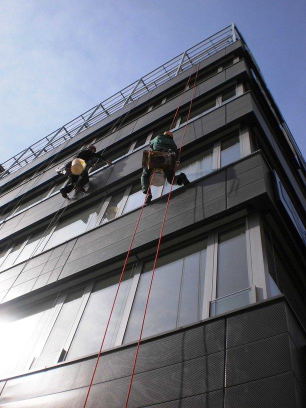 Mytí oken, výloh, fasád, Praha 11, Chodov