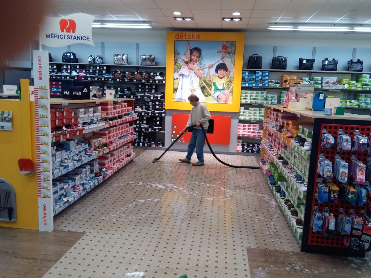 Strojová metoda je to nejlepší pro vyčištění vaší podlahy