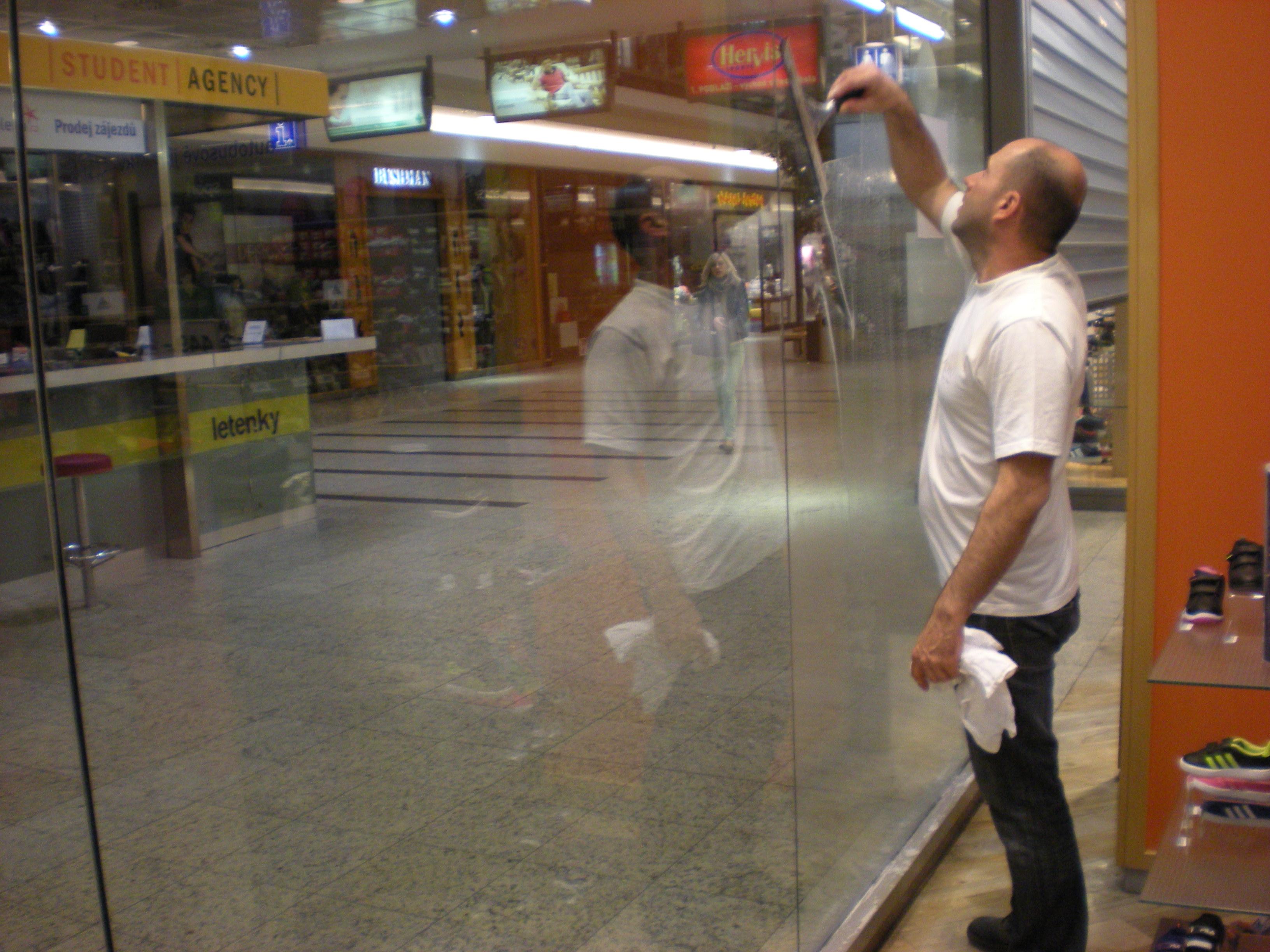 Mytí, čištění, impregnace oken, fasád Praha 4