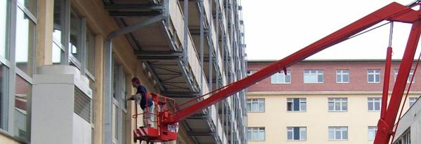 Mytí oken, výloh, fasád i ve výškách Praha 3