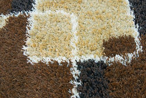 """Bláto a světlý koberec – to je děsivá kombinace, ale ne pro """"Tepování, čištění sedaček Brno"""""""