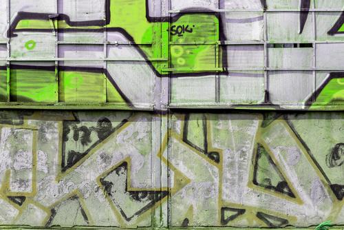Graffiti odstraníme odkudkoliv, navíc vám zařídíme prevenci, Odstraňování graffiti Praha